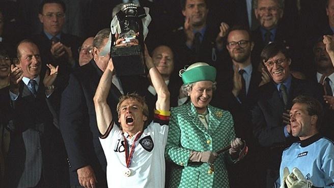 Ky uc Euro 1996 va lan 'len dinh' thu 4 cua tuyen Duc? hinh anh 1