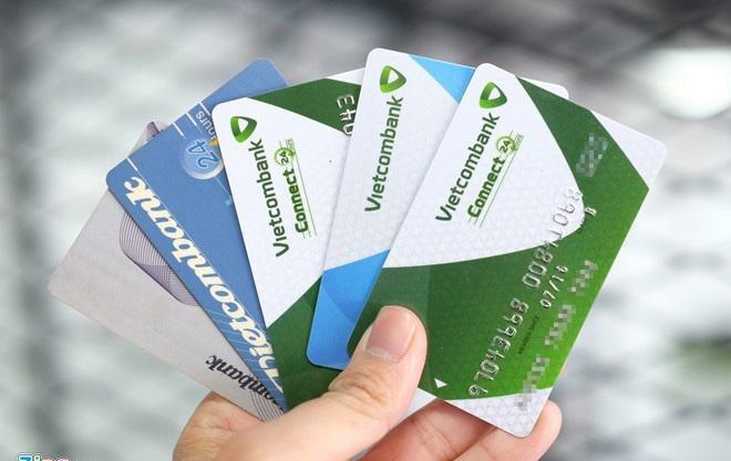Vietcombank 'xuong nuoc' vu mat nua ty trong the ATM hinh anh