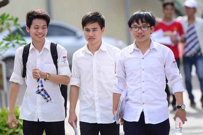 DH Bach Khoa Ha Noi cong bo diem chuan du kien hinh anh