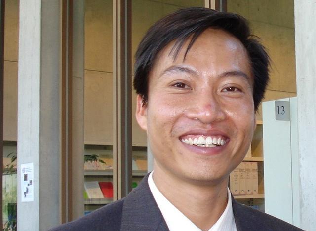 PGS.TS Nguyen Xuan Hung: 'Toi chon tro ve Viet Nam' hinh anh