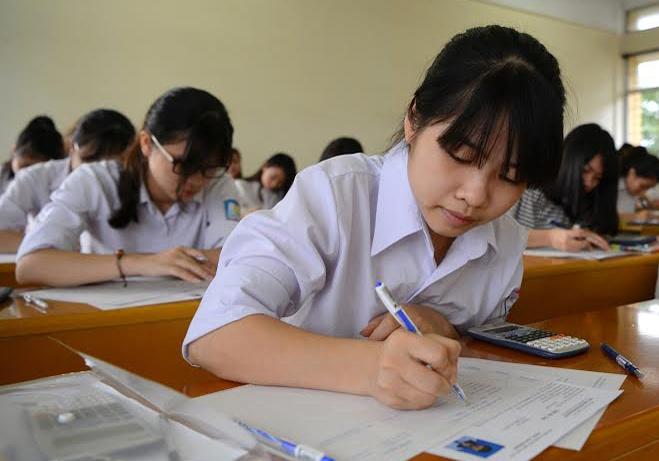 Bo GD&DT chua nhan duoc de an thi tot nghiep THPT cua TP.HCM hinh anh