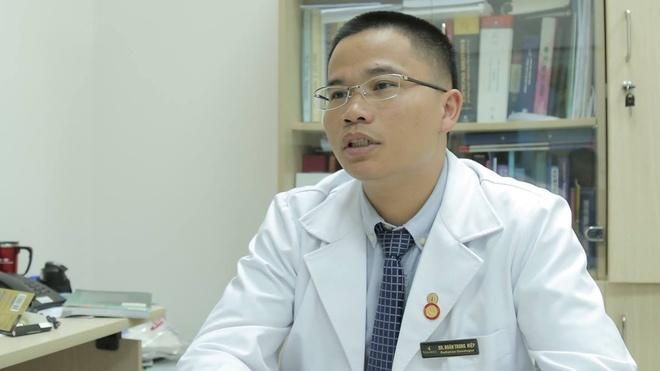 Bac si Doan Trung Hiep: 'PGS Van Nhu Cuong truyen cam hung cho toi' hinh anh