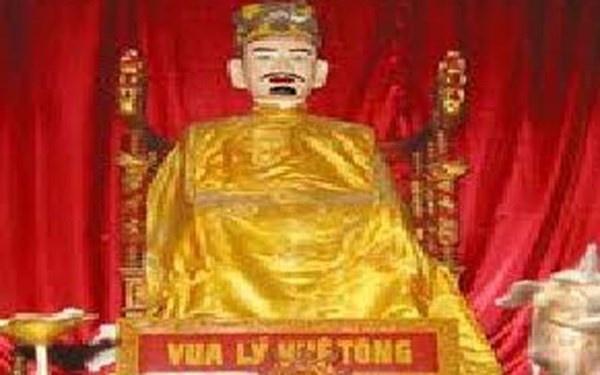Vua nao xuong chieu xin loi nhan dan vi thoi an choi xa xi? hinh anh 7