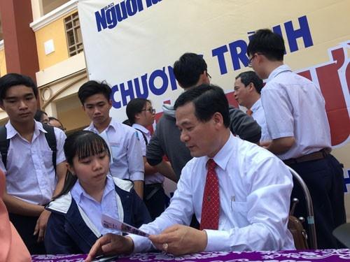 Dieu chinh phuong an tuyen sinh 2019 hinh anh 1