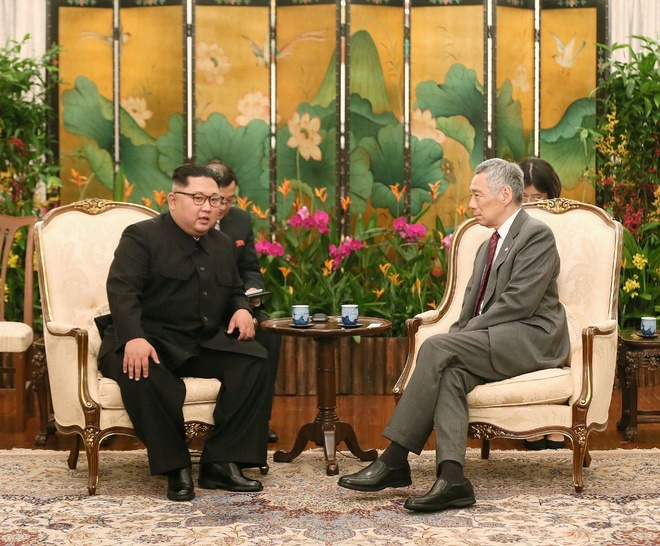 Ong Kim Jong Un gap Thu tuong Singapore Ly Hien Long hinh anh 1