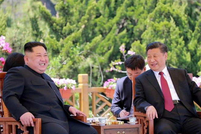 Tan Hoa xa: Ong Kim Jong Un dang tham Trung Quoc hinh anh