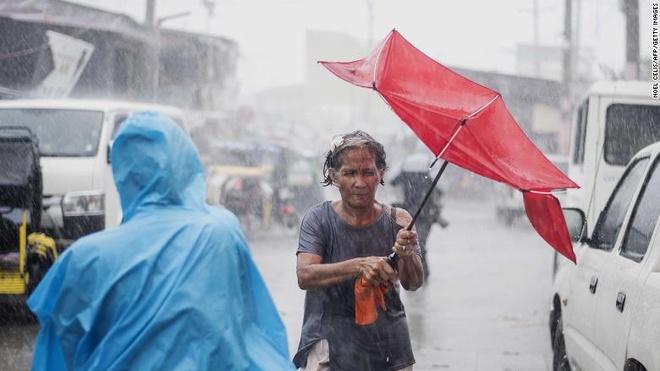Philippines xac nhan 2 nguoi dau tien thiet mang vi sieu bao Mangkhut hinh anh