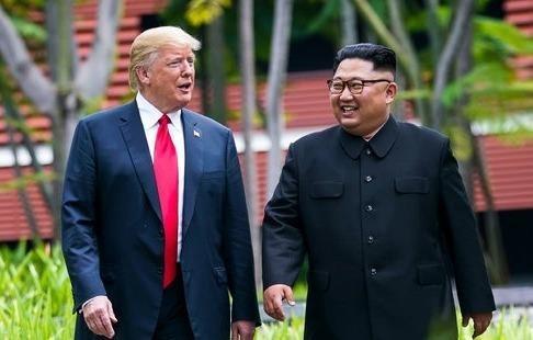Trieu Tien tim cach song chung voi 'ky nguyen' cua TT Trump hinh anh