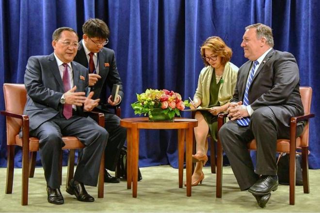 TT Trump noi 'da yeu' ong Kim Jong Un nho nhung la thu hinh anh 2
