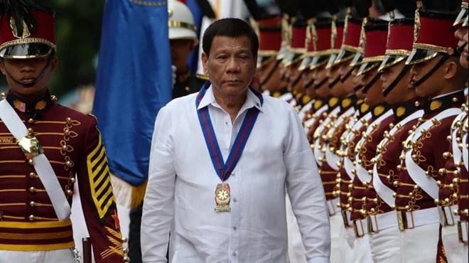 Tong thong Duterte bat ngo de cap kha nang mac benh ung thu hinh anh