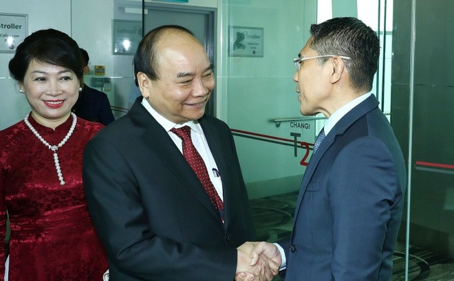 Thu tuong Nguyen Xuan Phuc den Singapore du hoi nghi cap cao ASEAN hinh anh
