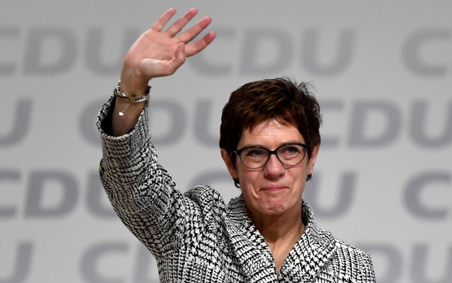 'Tieu Merkel' tro thanh lanh dao dang CDU tai Duc hinh anh