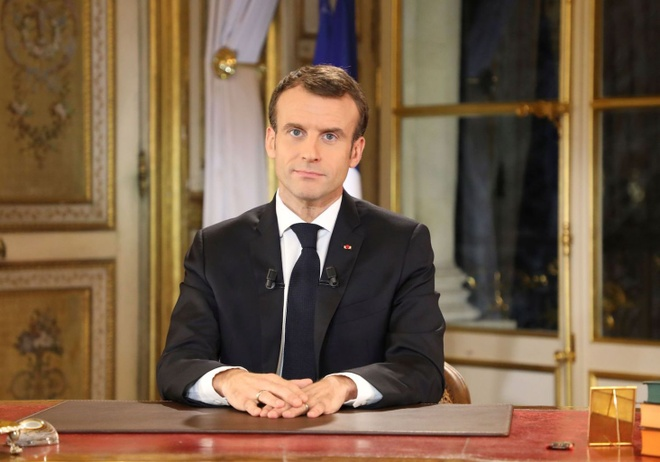 Phat bieu tai phong dat vang, TT Macron kho xoa diu bieu tinh Phap hinh anh