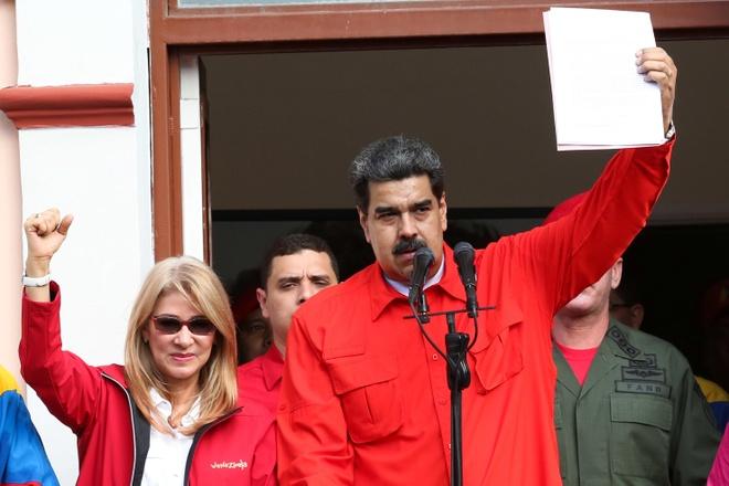 Nga canh cao My khong duoc can thiep quan su vao Venezuela hinh anh