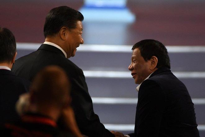 Ong Tap noi TT Duterte gac lai van de Bien Dong, hop tac dau khi hinh anh 2
