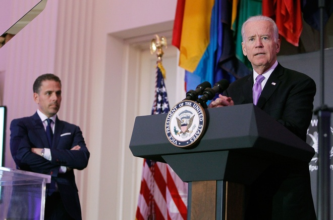 Cuu thu tuong Ukraine doi dieu tra ong Biden va con trai hinh anh 2