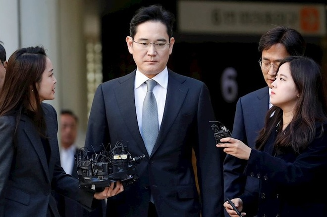 Thai tu Samsung bi trieu tap lien tiep anh 1