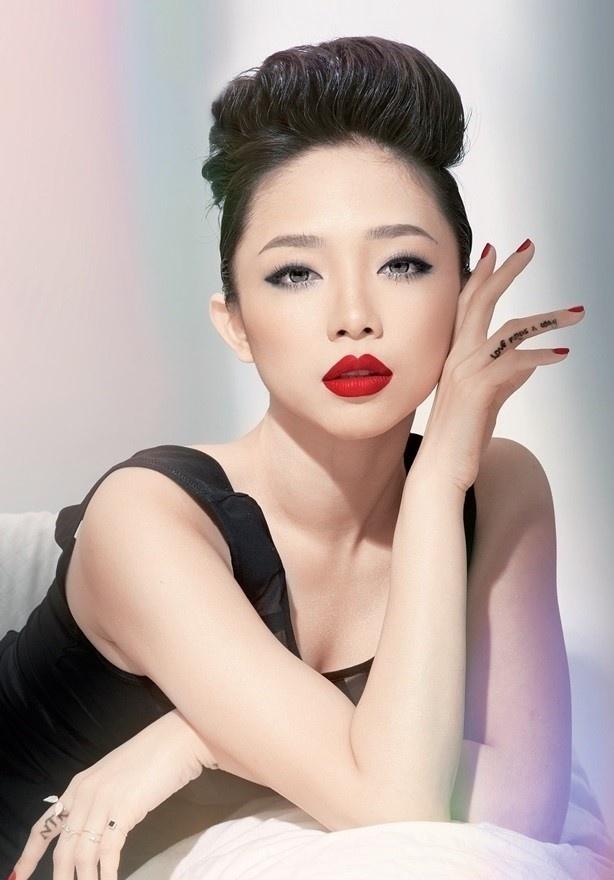 Toc Tien: 'Hoang Touliver chi la cong su than thiet' hinh anh 1