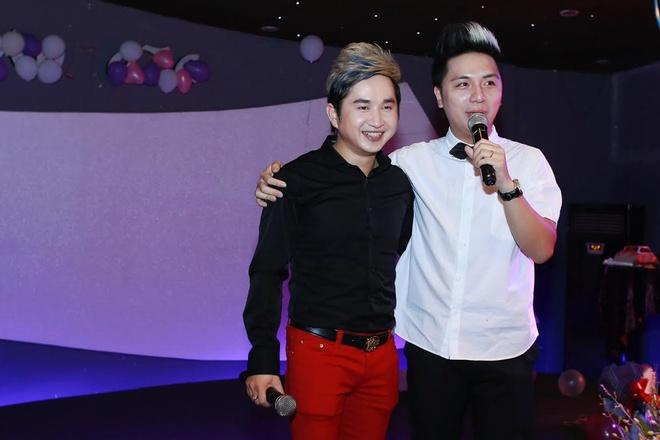 HKT bat ngo xuat hien trong sinh nhat Bang Cuong hinh anh 5