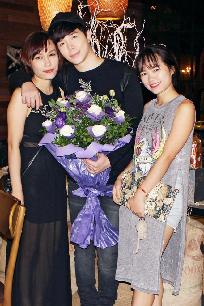 Nathan Lee hanh phuc trong vong vay fan thu do hinh anh 6