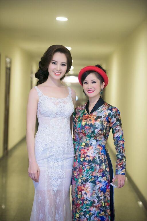Nhac si Phu Quang khom nguoi treu dua Thuy Van hinh anh 7