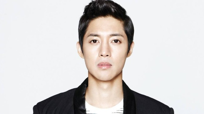 Bo cu muon Kim Hyun Joong nhin mat con trai hinh anh 1