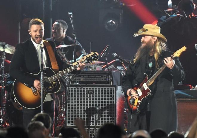 Drink you away - Justin Timberlake & Chris Stapleton hinh anh