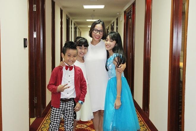 Diva My Linh: Khong tao ap luc cho con tre khi thi hat hinh anh 1