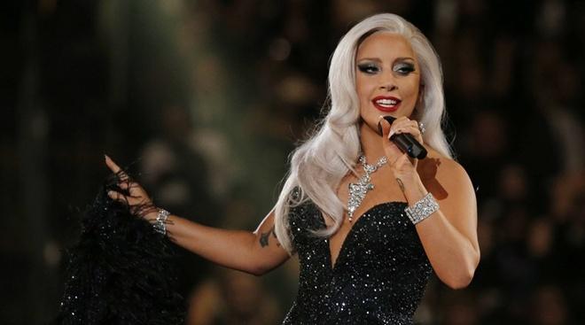 Lady Gaga: Ro-bot thoi trang tim lai ban nga hinh anh 1
