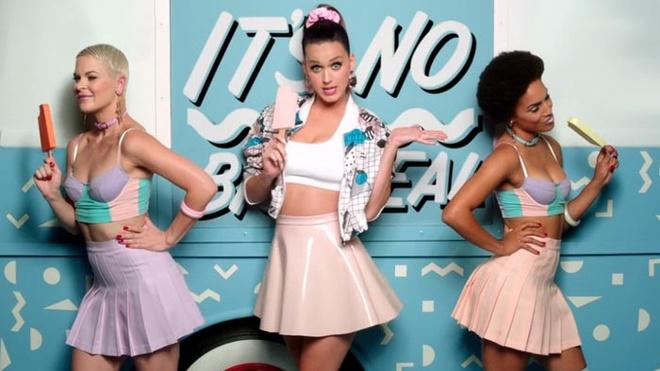 Van Mai Huong bi to dao MV cua Katy Perry hinh anh 2