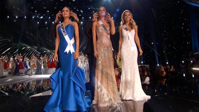 Top 3 Miss Universe 2015 tu tin trong phan thi ung xu hinh anh