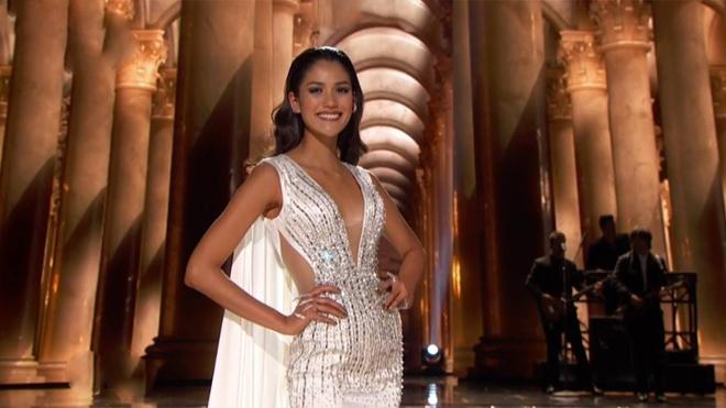 Top 10 Miss Universe cuon hut voi trang phuc da hoi hinh anh