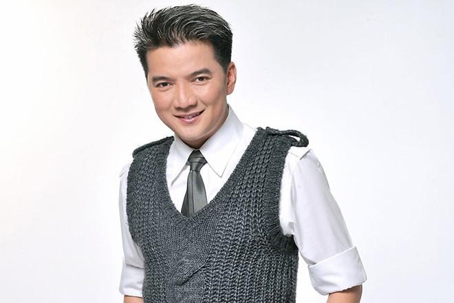 Dam Vinh Hung: 'Mat hoi gian la dang hat nhep' hinh anh