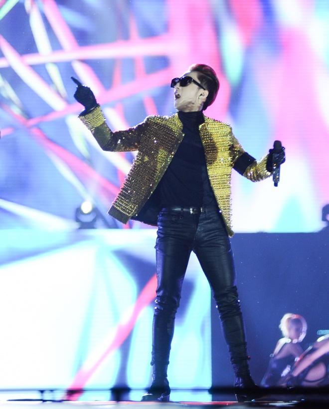 Son Tung M-TP: cot moc live show va... hinh anh 3
