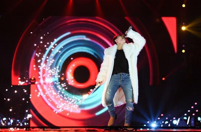 Son Tung M-TP: cot moc live show va... hinh anh 2