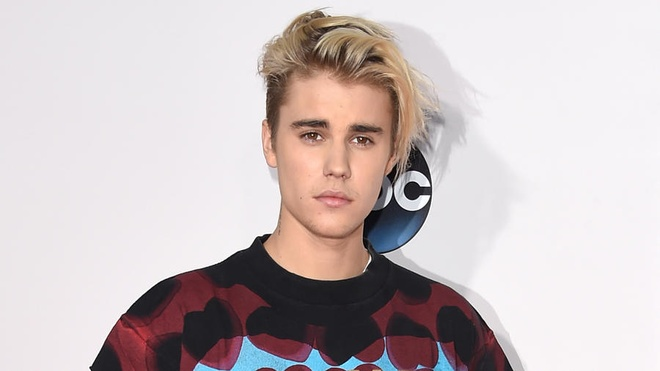 'Xin loi' Adele: Justin Bieber len ngoi quan quan hinh anh