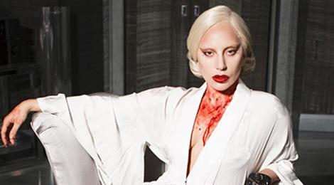 Lady Gaga lang le khoc thuong David Bowie hinh anh
