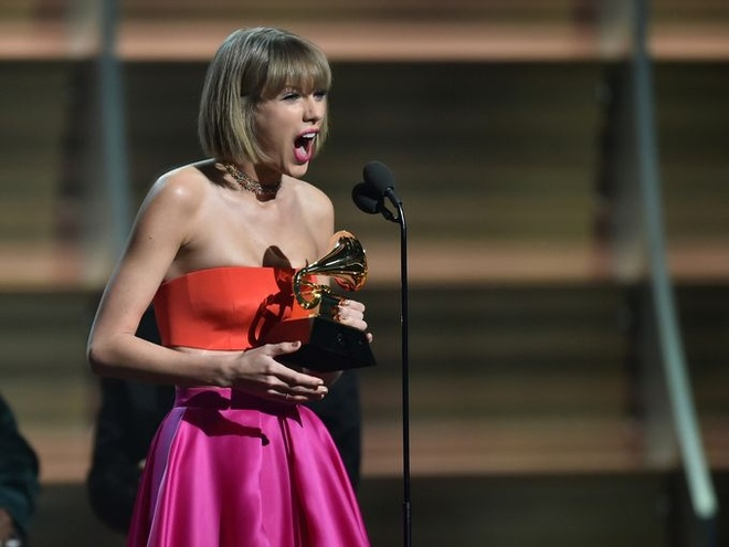 Grammy 2016: Taylor Swift lan thu 2 nhan giai Album cua nam hinh anh 3