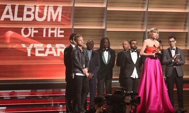 Grammy 2016: San khau khong de cao giai thuong hinh anh 1