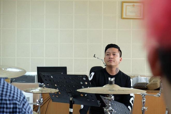 Tuan Hung huy 20 show, don suc cho 'Dam me' hinh anh 1