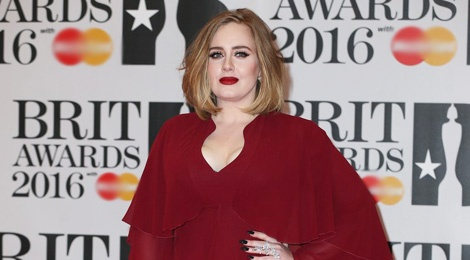Adele long lay tren tham do BRIT Awards 2016 hinh anh