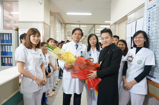 Tung Duong hat ve nganh y hinh anh 1
