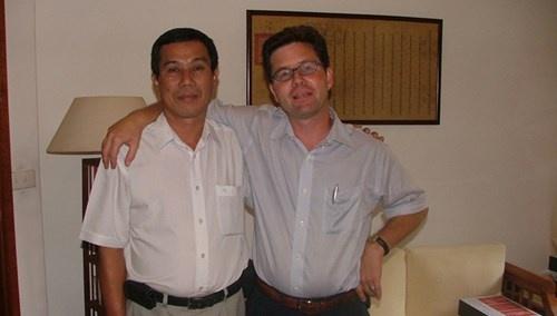 Nguoi chau giai oan cho hoc gia Nguyen Van Vinh hinh anh 3
