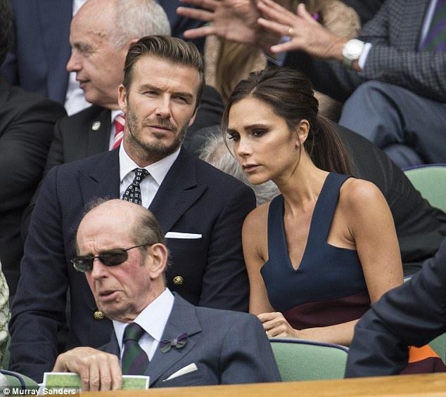 Victoria Beckham lo 3,8 trieu bang vi thoi trang hinh anh 1