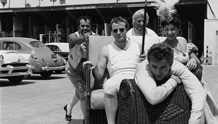 Moi tinh ky la cua Marlon Brando va James Dean hinh anh 1