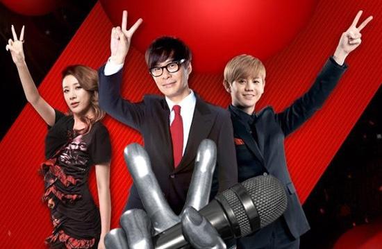'Ghe nong' game show: chuyen Dong, chuyen Tay hinh anh 2