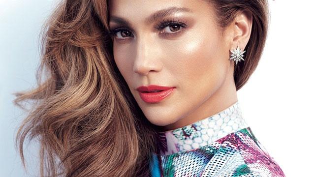 Jennifer Lopez: 25 nam troi di ngo chi nhu vua hom qua hinh anh 1