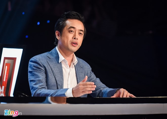 X-Factor: Giam khao 'dai chien' hinh anh 5