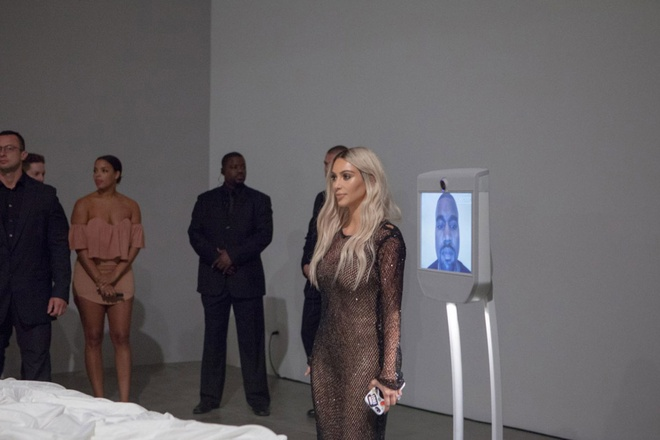 Tuong sap MV 'Famous' cua Kanye West gia 4 trieu USD hinh anh 1