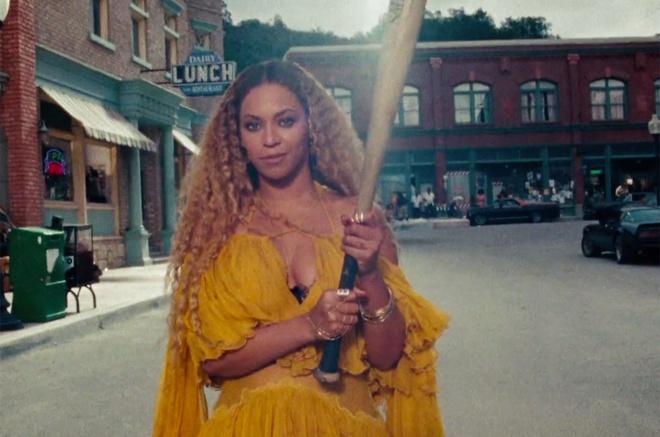 Beyonce quay pha trong MV mung sinh nhat tuoi 35 hinh anh 1